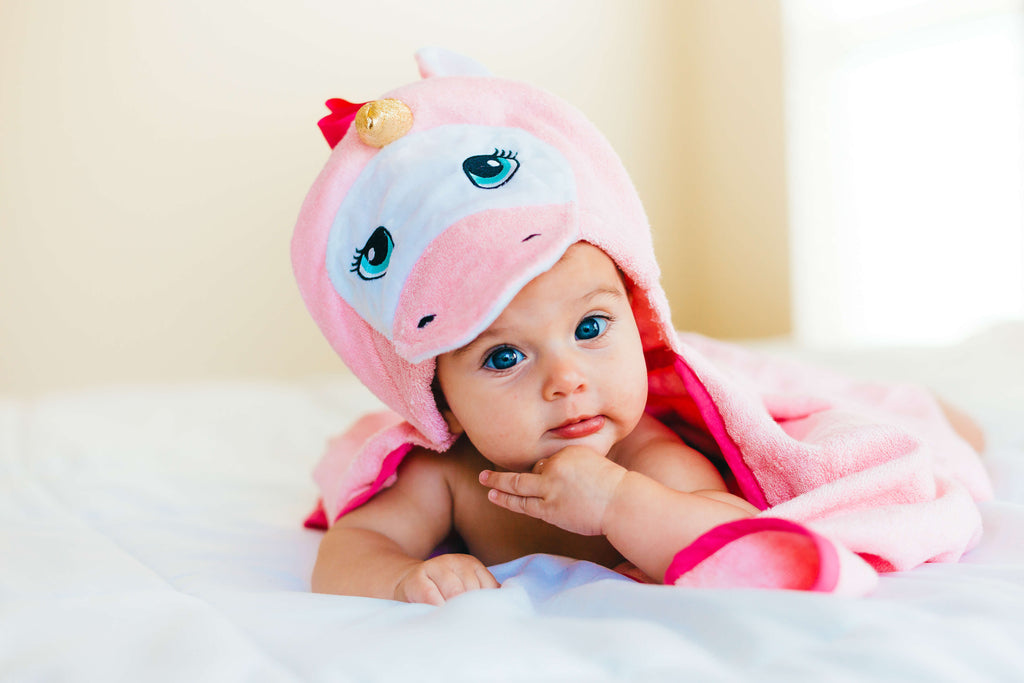 Baby Bamboo Hooded Towel, 3D Unicorn Hood in Pink, Fits Newborns to Toddler 5T