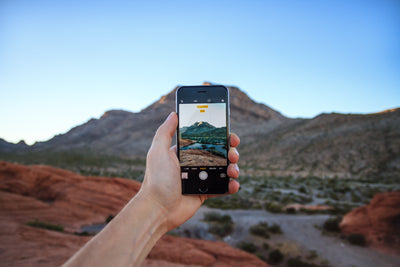 5 Ways to Keep Your Phone Dry on the River