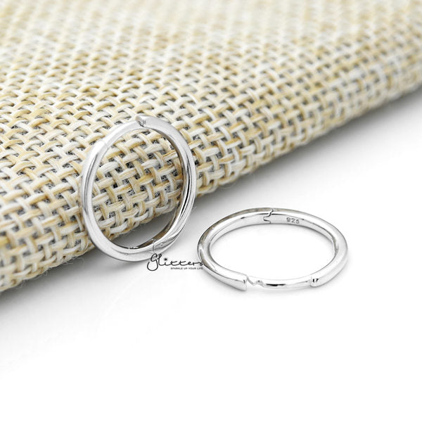 925 Sterling Silver Tiny One-Touch Huggie Hoop Earrings - Silver - Glitters-New Zealand