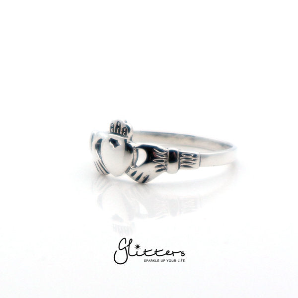 Sterling Silver Claddagh Ring-Glitters