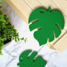 Monstera Leaf Teether - Green