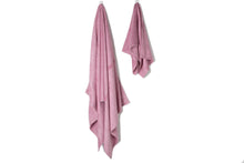 Load image into Gallery viewer, Bamboa towels made of 100% bamboo for an eco-firendly and organic home. Available in rose color..