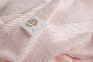Bamboa towels made of 100% bamboo for an eco-firendly and organic home. Available in cotton candy color.