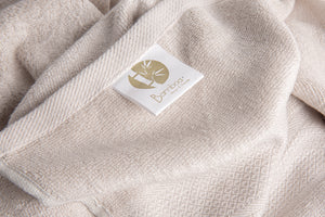Bamboa towels made of 100% bamboo for an eco-firendly and organic home. Available in cotton cream color.