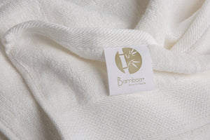 Bamboa towels made of 100% bamboo for an eco-firendly and organic home. Available in white.