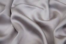 Load image into Gallery viewer, SILKY BLISS - Bamboo Fitted Sheet