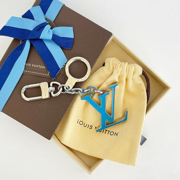LOUIS VUITTON BLUE ENAMEL LOGO KEY HOLDER/ BAG CHARM