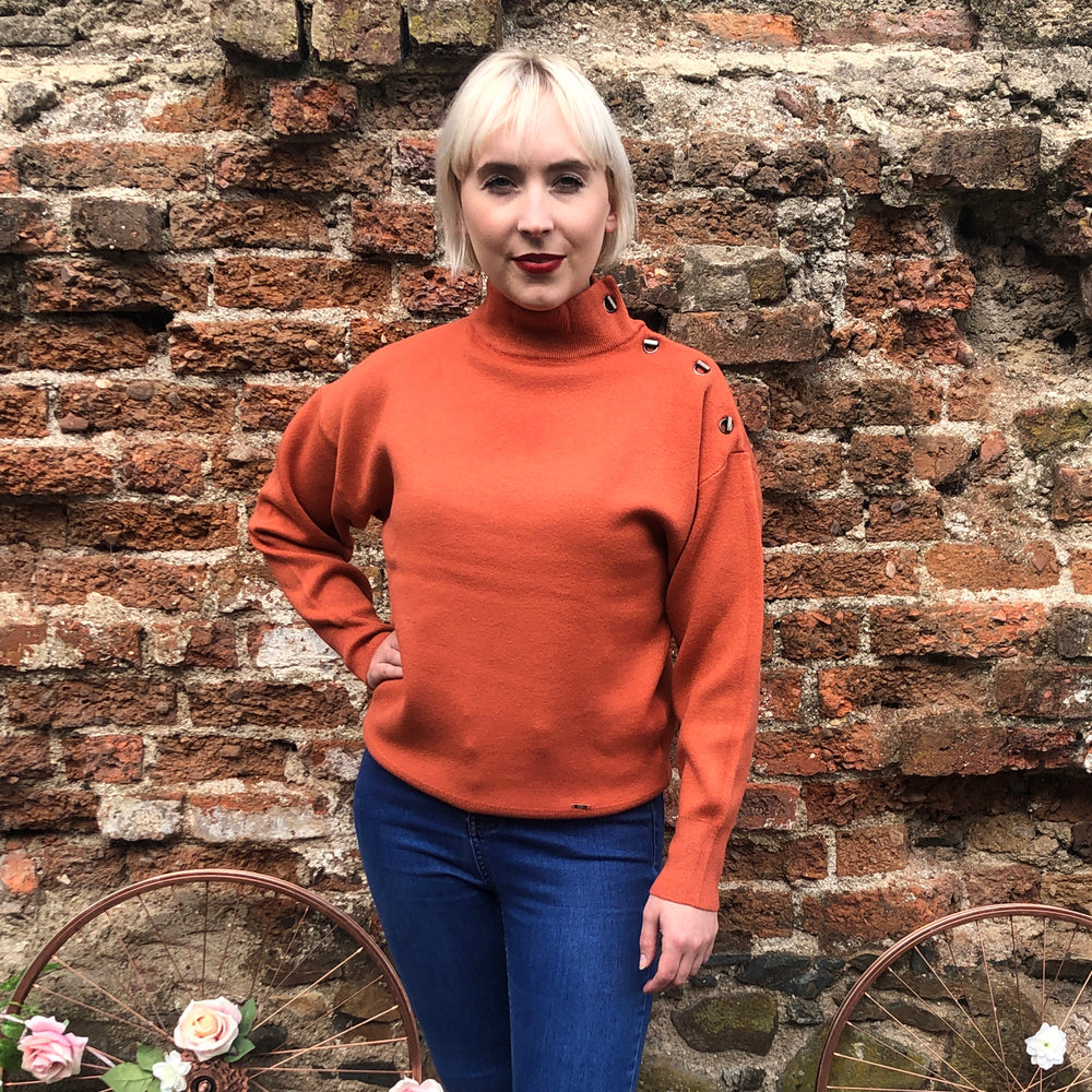Rust Roundneck Buttoned Jumper
