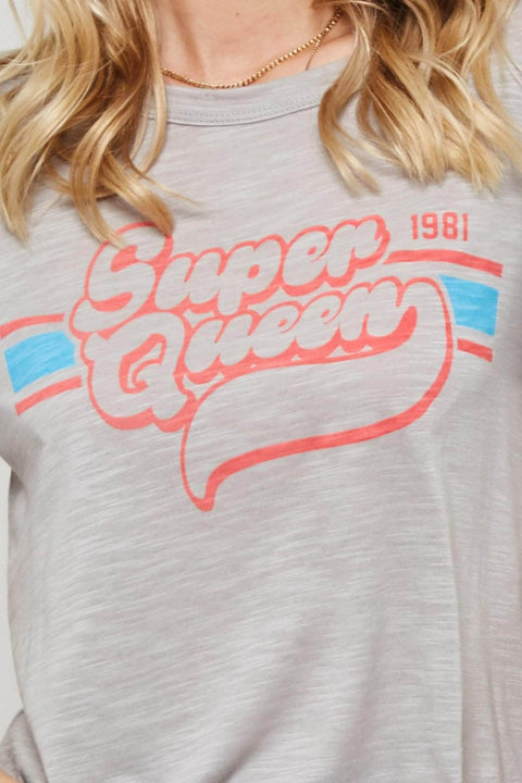 Super Queen Vintage-Print Graphic Tee - ShopPromesa