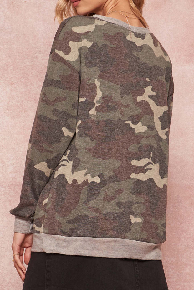 Wanderlust Angel Camo Graphic Sweatshirt - ShopPromesa