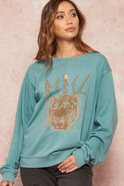 Rebel Tiger Vintage Graphic Sweatshirt - ShopPromesa