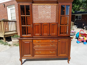 Showroom Antique Dining Room Hutch w/ Dovetailed, Soft-close Drawers