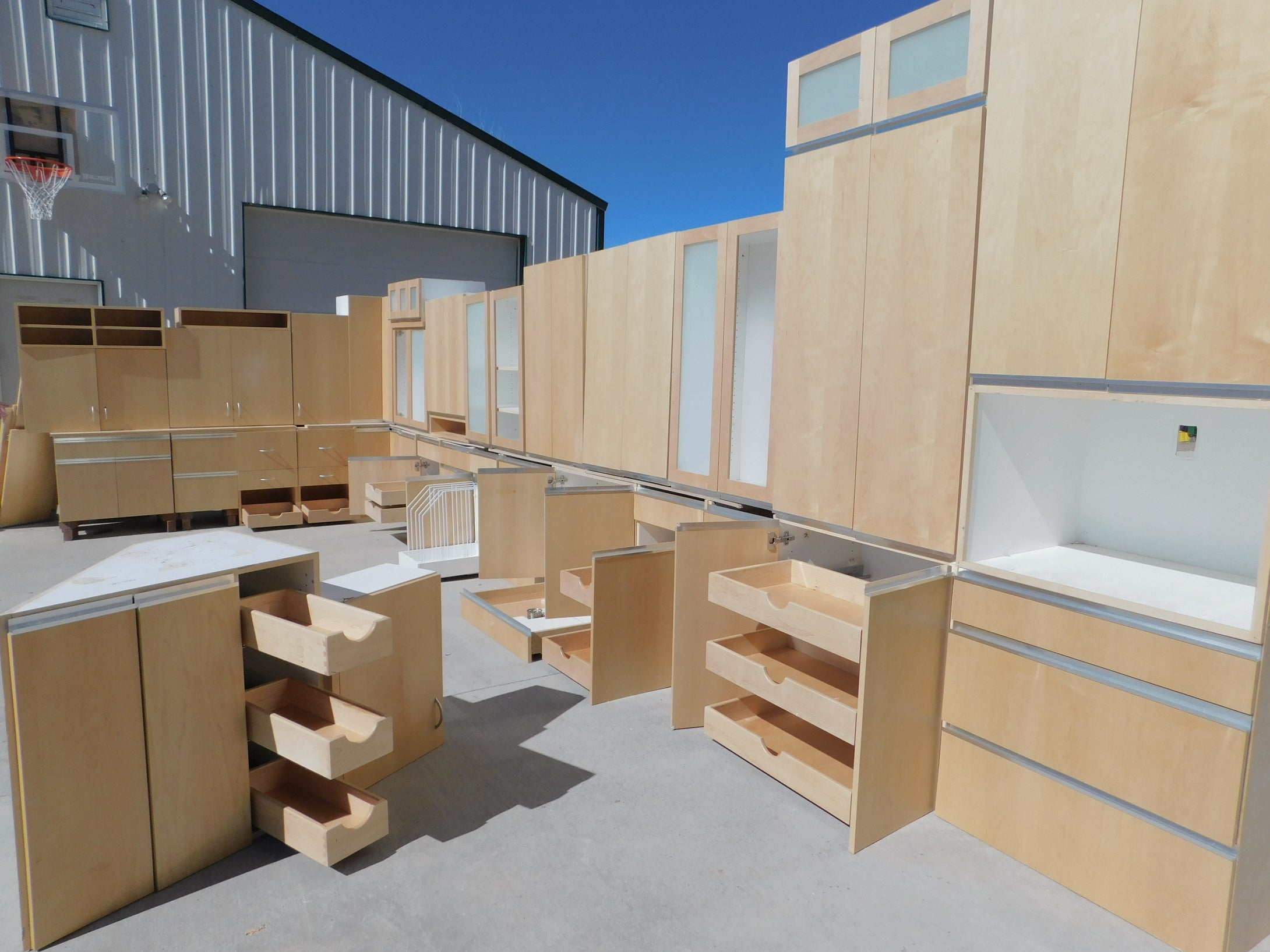 Gigantic Modern SOFT-CLOSE Dovetailed Maple Kitchen/Office w/ Whopping FORTY Drawers!