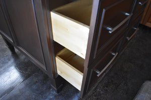 Showroom Frameless Display w/ Softclose Dovetailed Drawers and Square Feet