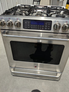 Stainless Steel GE Cooktop w/ Over 2k Retail! -$500