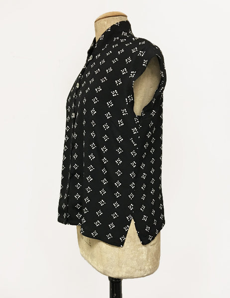 Black & White Foulard 1930s Tea Timer Button Up Blouse