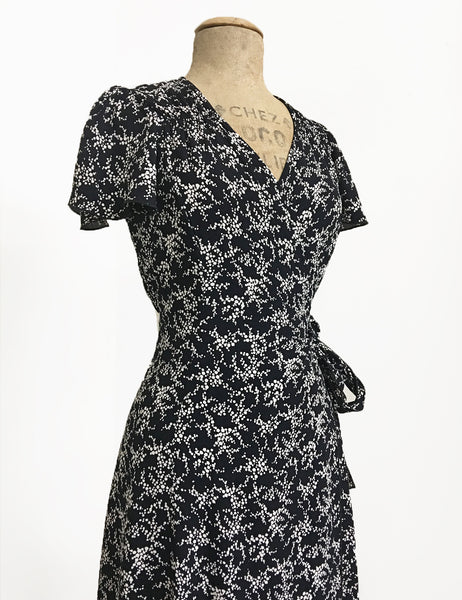Black & White Bougainvillea Print Biasa Sweetheart Wrap Dress