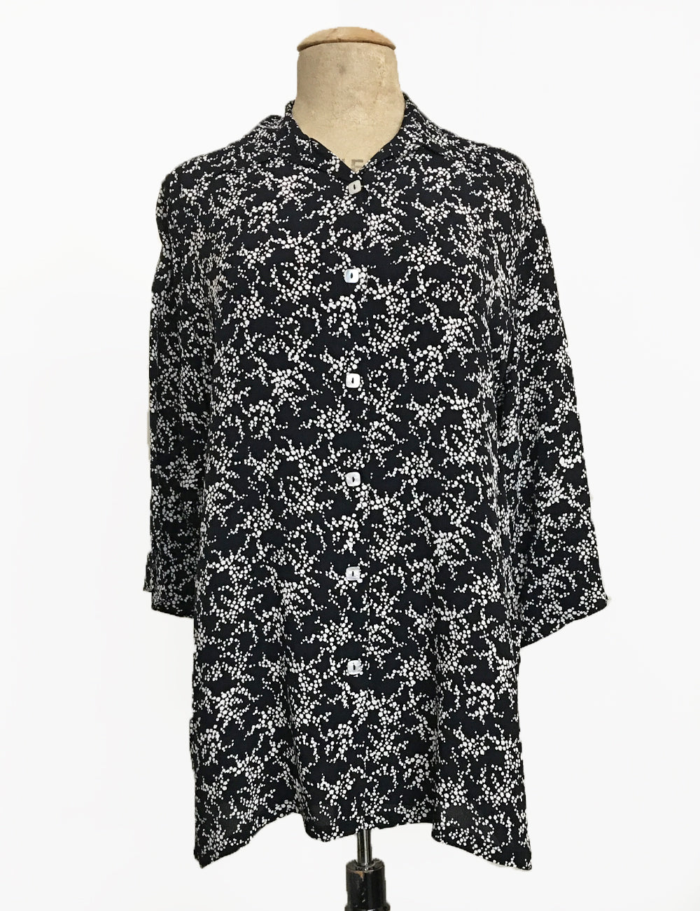 Black & White Bougainvillea Floral Flyaway Button Up Tunic Top