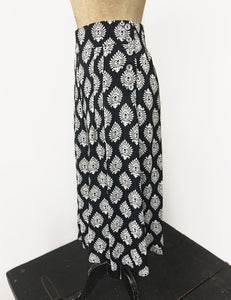 Black & White Turtle Stamp Retro High Waisted Wide Leg Culottes