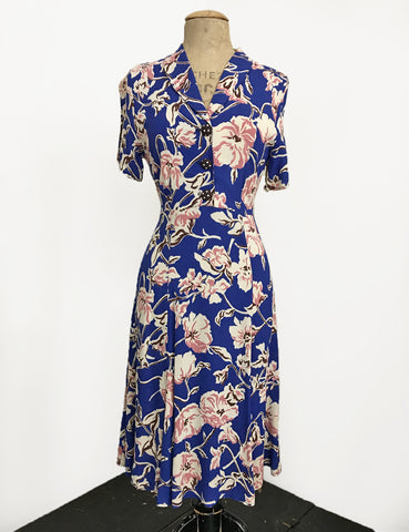 Blue Nouveau Floral Short Sleeve Knee Length Vintage Day Dress