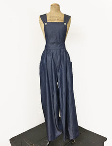 1940s Pants History- Overalls, Jeans, Sailor, Siren Suits Chambray Denim Blue Retro Rosie 1940s Style Bib Overalls $118.00 AT vintagedancer.com
