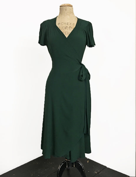 Christmas Green Vintage Inspired Biasa Sweetheart Wrap Dress