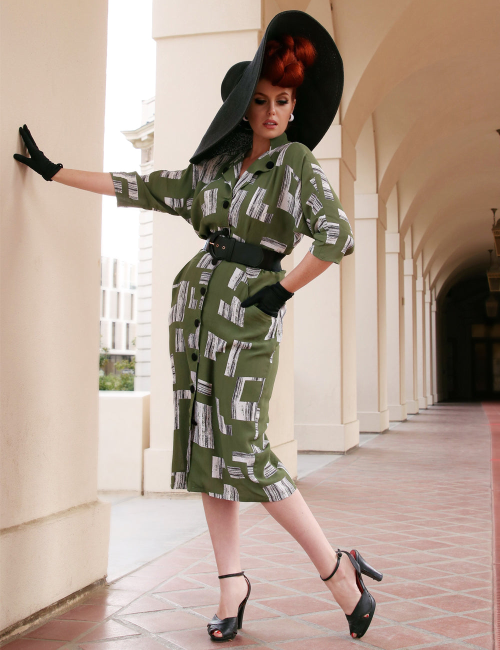 Doris Mayday for Loco Lindo - Green City Blocks 1940s Belted Manhattan Dress
