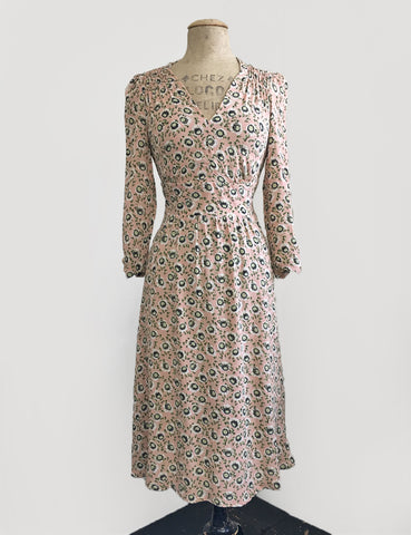 Green & Pink Pansy Floral 3/4 Sleeve Retro 40s Dress