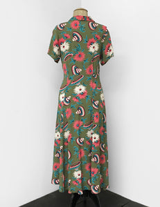 1940s Style Olive Green Sombrero Print Short Sleeve Tea Length Vintage Day Dress