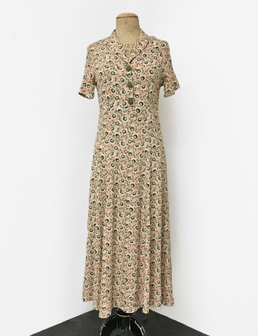 1940s Vintage Tea Length Short Sleeve Day Dress in Dusty Pink & Green Pansy Floral
