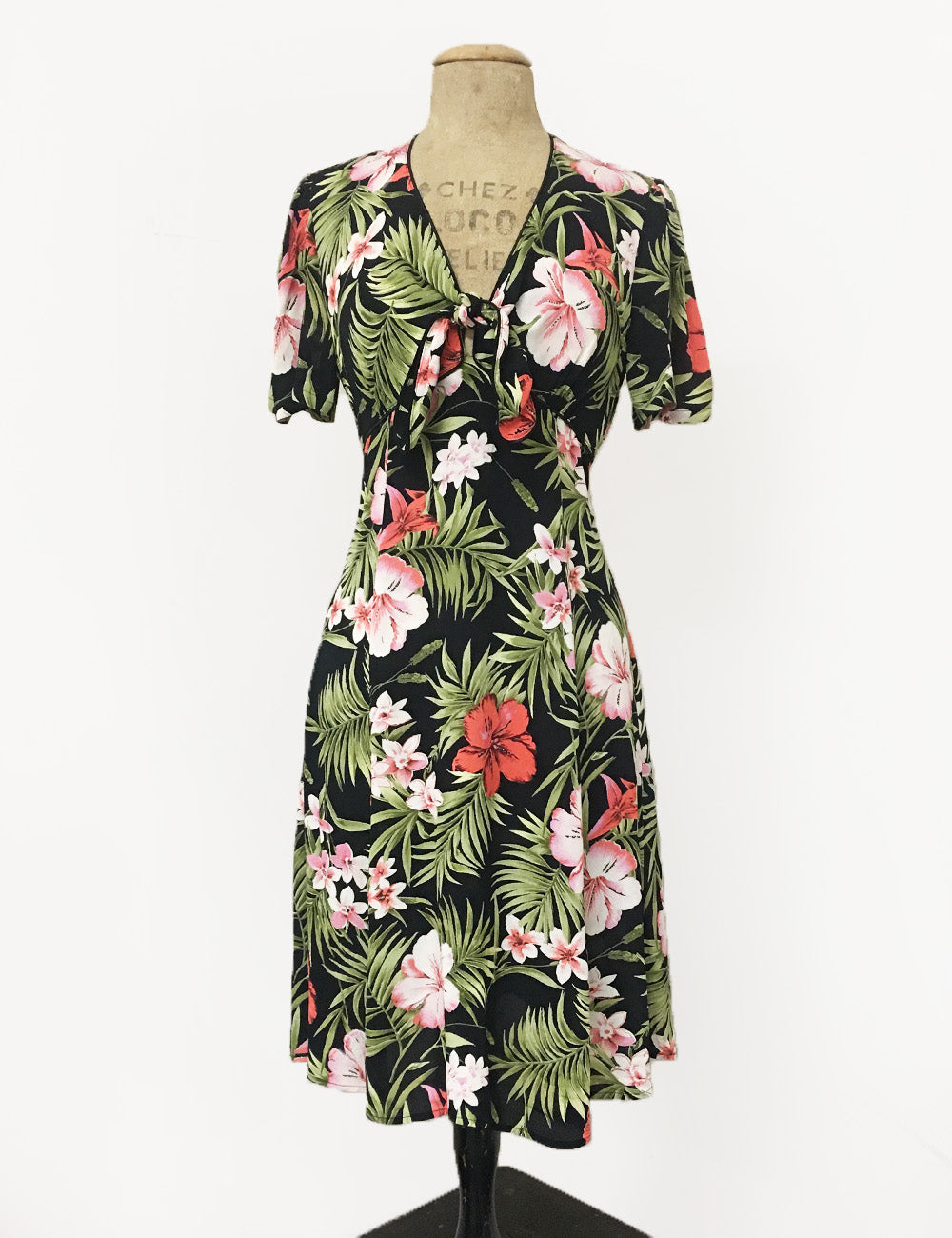 Pink & Black Tropical Print Mai Tai Knee Length Dress