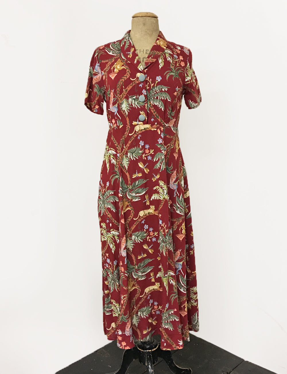 Red Jungle Print Short Sleeve Tea Length Vintage Day Dress