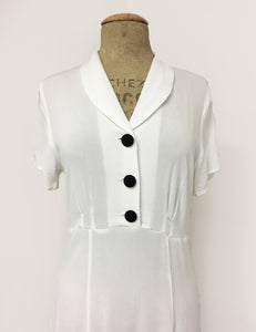 Solid White Contrast Buttons Short Sleeve Vintage Day Dress