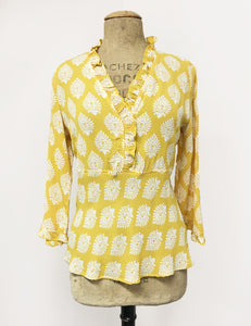 Yellow & White Turtle Stamp Print Ruffle Fitted Femme Blouse