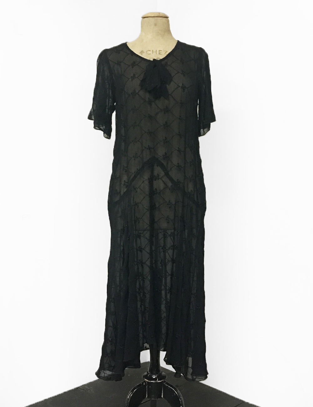 Black Sheer Embroidered 1920s Style Charleston Flapper Dress