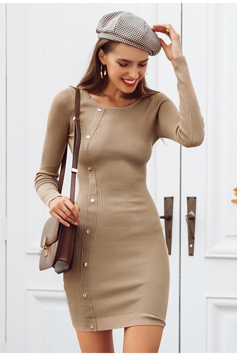 Bodycon rivet black knitted sweater dress.