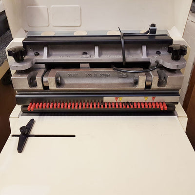 USED / PRE-OWNED PB3000 with 3:1 round hole die