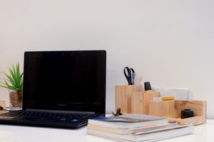 4 Tips on How to Organize Your Desk