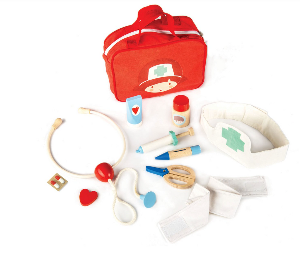 Tender Leaf Toys - Doctos and Nurse Set
