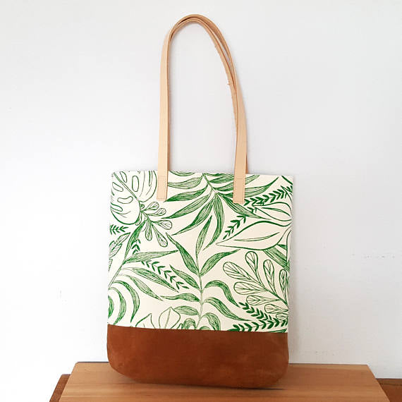 Chloe Derderian Gilbert Organic Shoulder Bag in Tropical Print