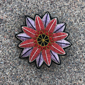 Passion Flower Pin Macon & Lesquoy