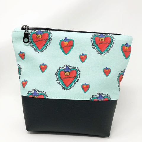 Sacred Heart Boxy Zipper Pouch (Large)