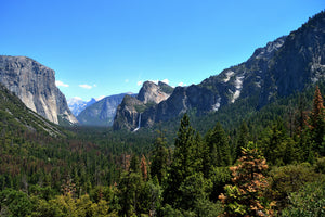 The beautiful mountains of Yosemite Valley