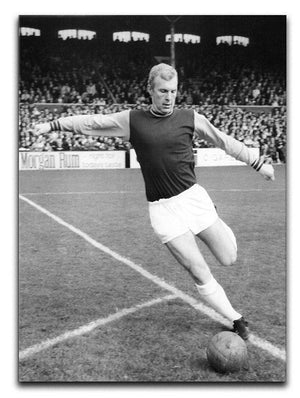Bobby Moore West Ham Footballer Canvas Print or Poster  - Canvas Art Rocks - 1