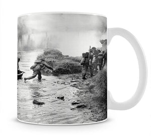 British troops training Mug - Canvas Art Rocks - 1