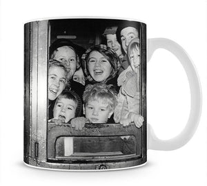 Cheerful train evacuees Mug - Canvas Art Rocks - 1