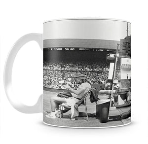 Ilie Nastase argues with the umpire Mug - Canvas Art Rocks - 2