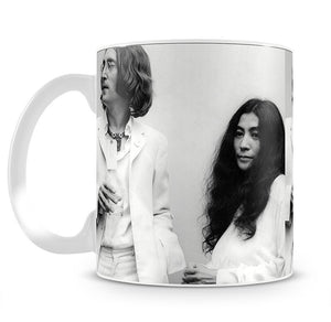 John Lennon and Yoko Ono at an exhibition Mug - Canvas Art Rocks - 2