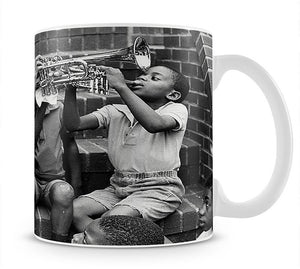 Louis Armstrong with kids Mug - Canvas Art Rocks - 1