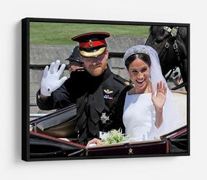 Meghan and Prince Harry wave to the crowds HD Metal Print
